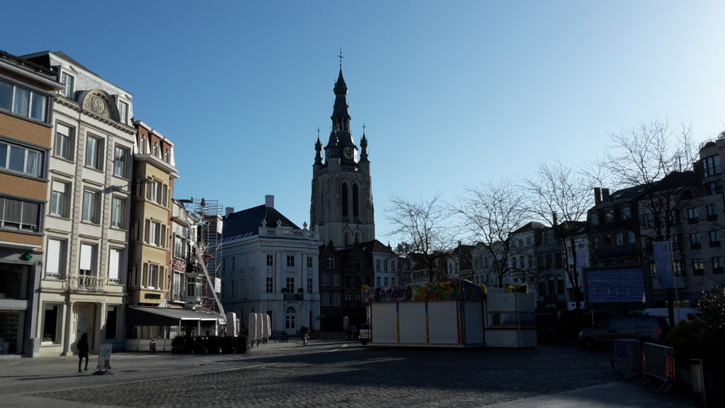 Geocaching Kortrijk - Grote Markt